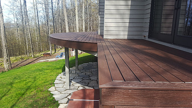 Michigan Curved Deck Installers